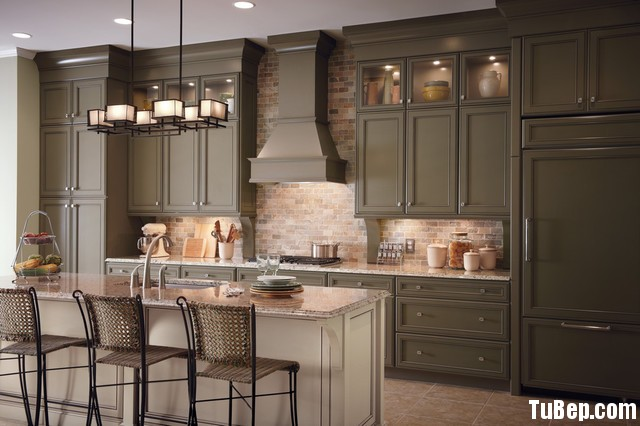traditional-kitchen-cabinets 10