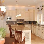 traditional-kitchen-cabinets 30