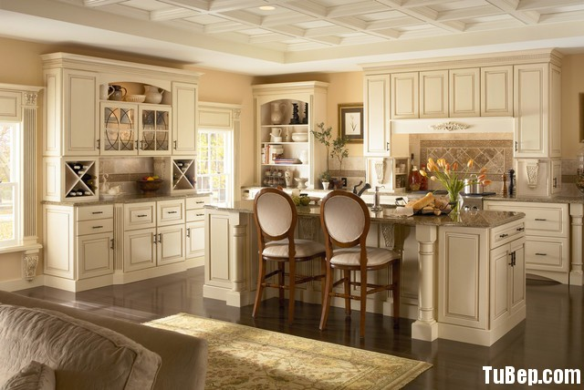 traditional-kitchen-cabinets 6