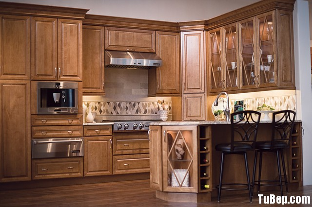 traditional-kitchen-cabinets 8